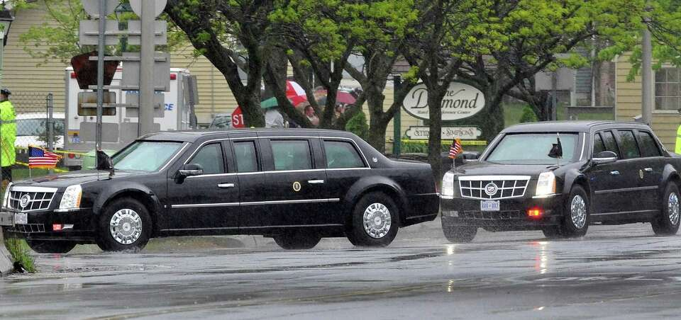 President Barack Obama's motorcade Tuesday turns onto the Northway after leaving Albany Internationa
