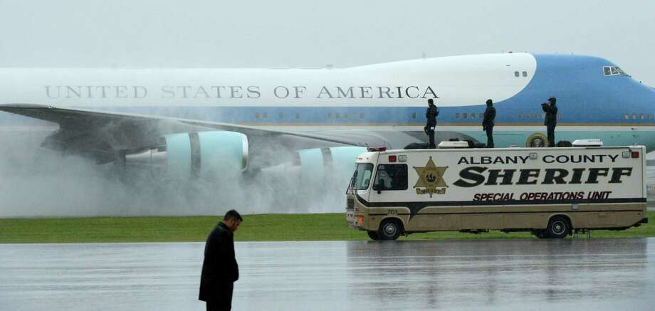 Air Force One arrives Tuesday morning at Albany International Airport in Colonie. President Barack Obama will address the Nanoscale Science School at the University at Albany.  (Skip Dickstein / Times Union) Photo: SKIP DICKSTEIN / 2012