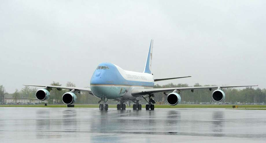 Air Force One arrives Tuesday at Albany International Airport. President Barack Obama is in Albany to address the College of Nanoscale Science and Engineering of the University at Albany. (Skip Dickstein / Times Union) Photo: SKIP DICKSTEIN / 2012