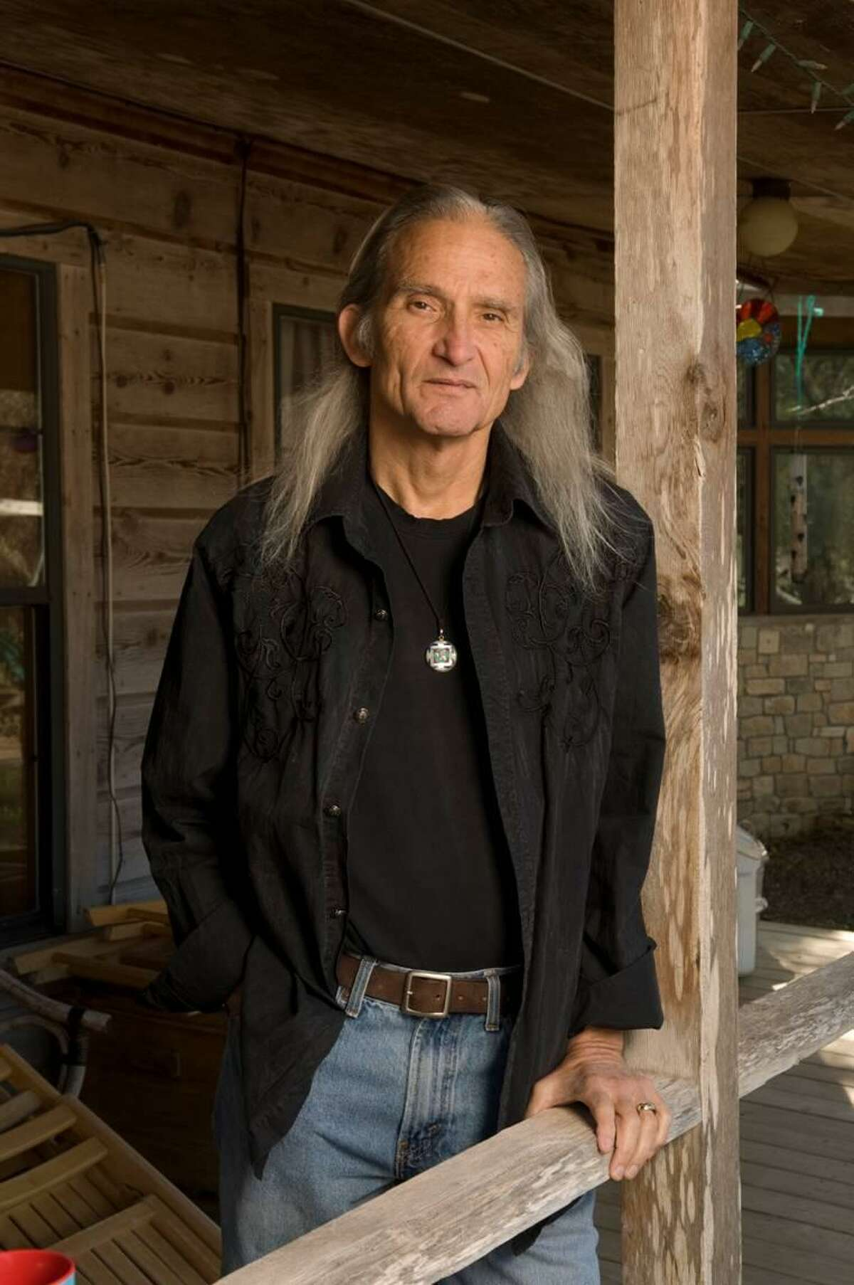 Jimmy Dale Gilmore is leading a songwriting retreat in Marfa with Kevin Welch where creativity is encouraged.
