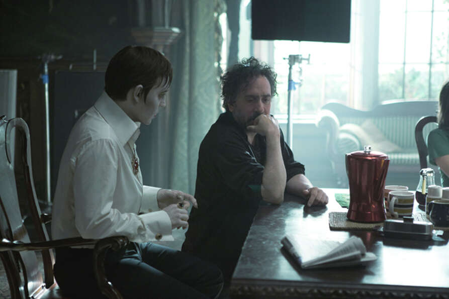 JOHNNY DEPP and director TIM BURTON on set of