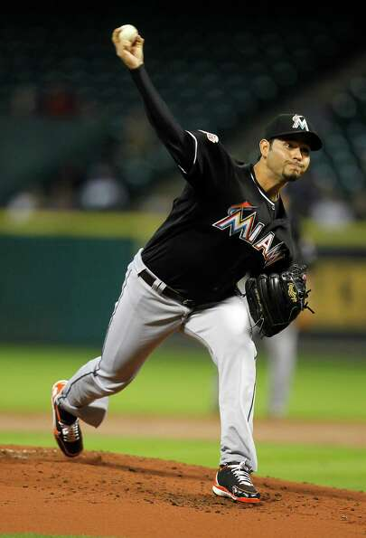 Miami Marlins starting pitcher Anibal Sanchez (19) pitches during the 1st inning of an MLB baseball