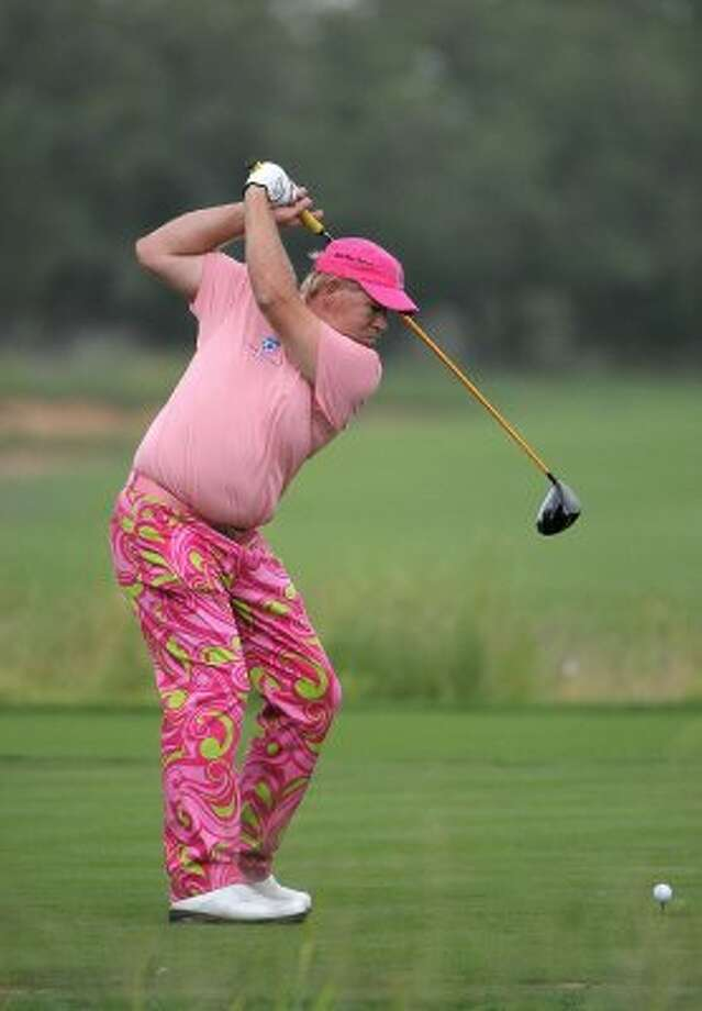 ... this pink abomination ... (Marc Feldman / Getty Images)
