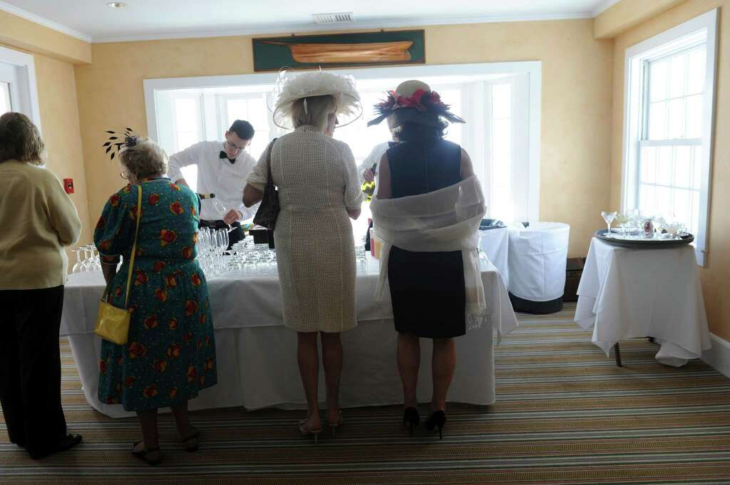 Attendees Of The Ywca Greenwich S Seventh Annual Old Bags Luncheon To Benefit Victims Domestic