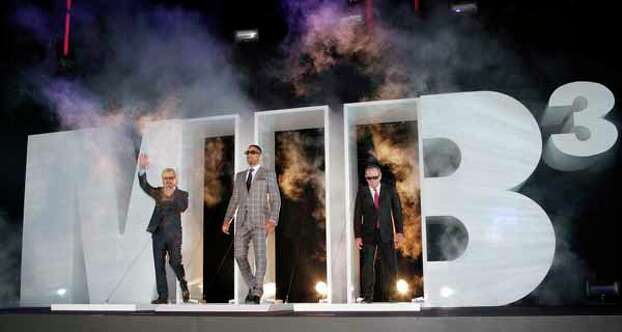 """Actors, from left, Josh Brolin, Will Smith and Tommy Lee Jones arrive for the Japan premiere of their film """" Men in Black III """" in Tokyo, Tuesday, May 8, 2012. Photo: Koji Sasahara, . / AP"""