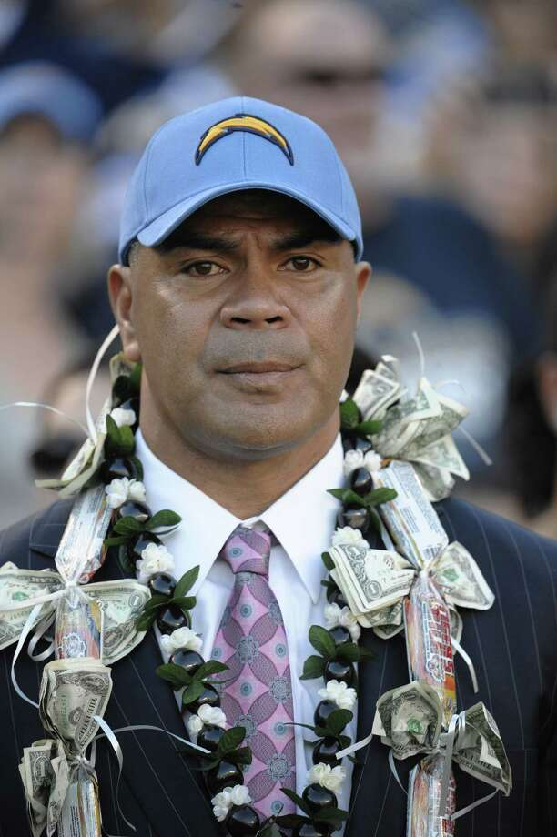 Former NFL star Junior Seau committed suicide and died at 43.  Photo: Denis Poroy / FR59680 AP