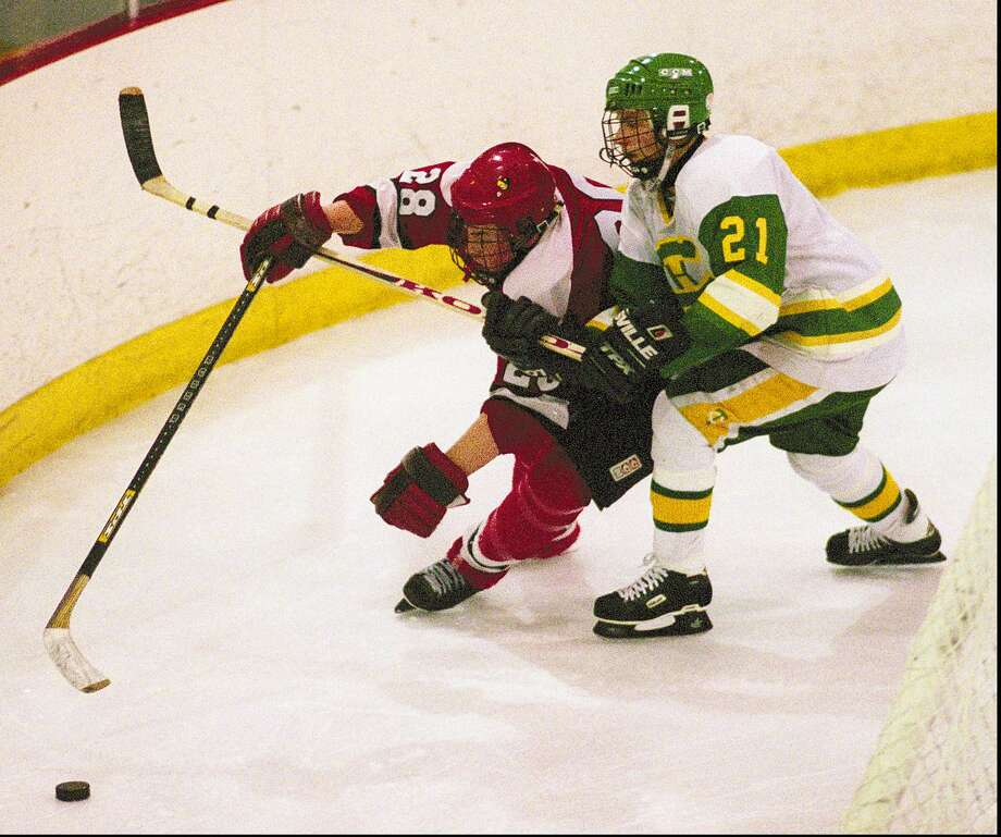 Ex-Greenwich High hockey captain dies from heart attack - GreenwichTime