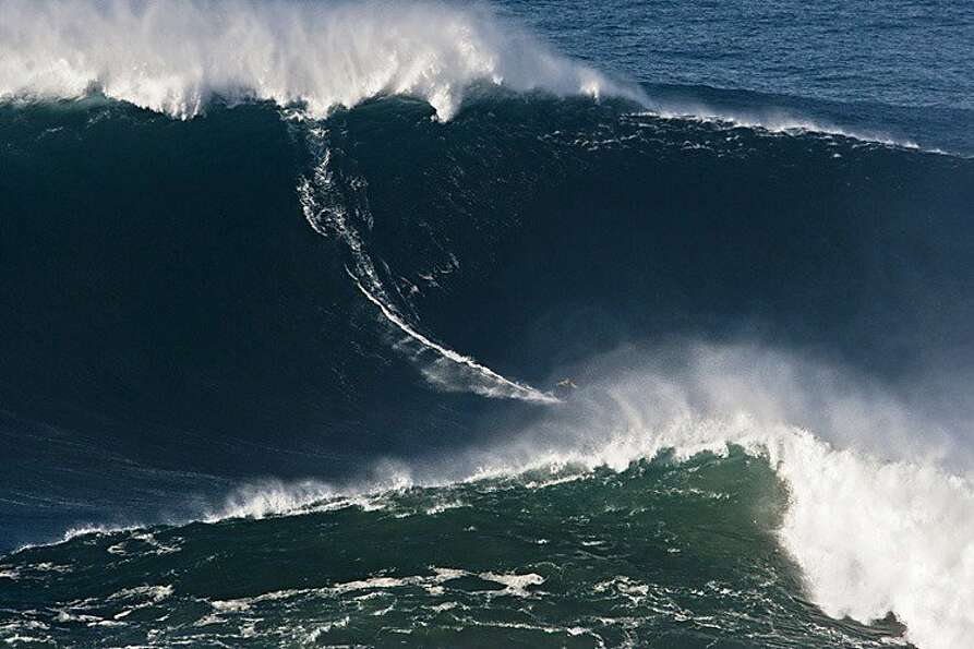 FILE - In this photo taken Nov. 1, 2011, and released by Nazare Qualifica/Polvo Concept Thursday,