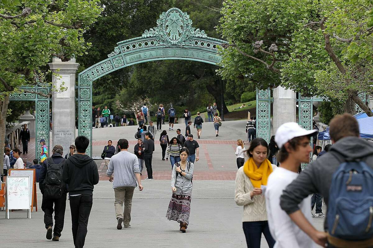 BERKELEY, CA - APRIL 23: UC Berkeley students walk through Sproul Plaza on the UC Berkeley campus April 23, 2012 in Berkeley, California. According to reports, half of all recent college graduates are finding themselves underemployed or jobless and the prospects for new graduates dim in a weak labor market. (Photo by Justin Sullivan/Getty Images)