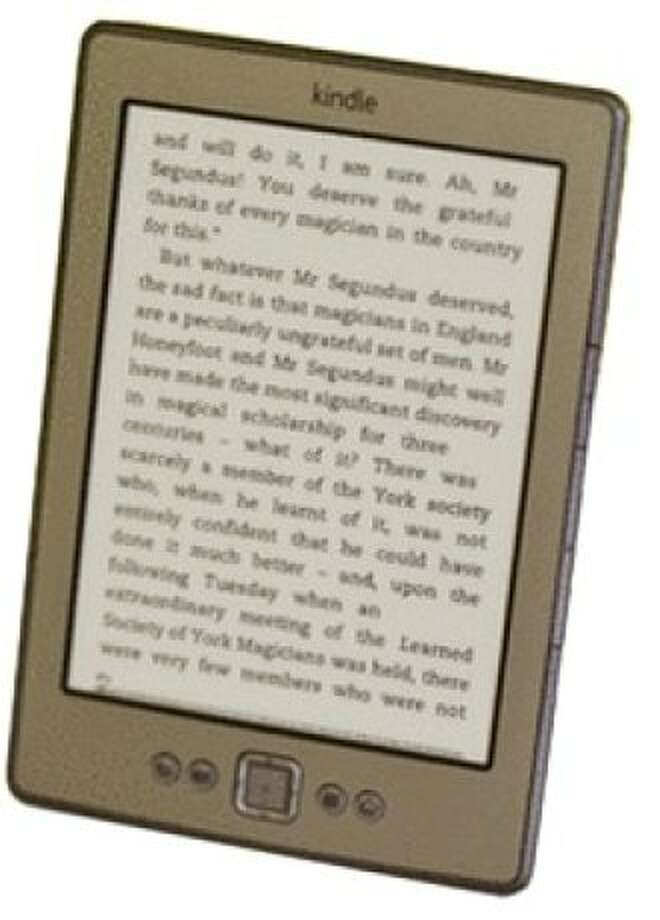Amazon Kindle 2011 with Special Offers, Wi-Fi Photo: Cnet Review