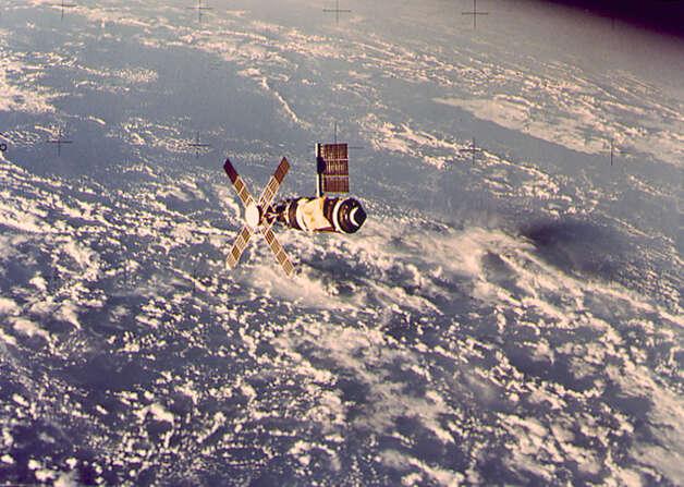 skylab space station crash - photo #7