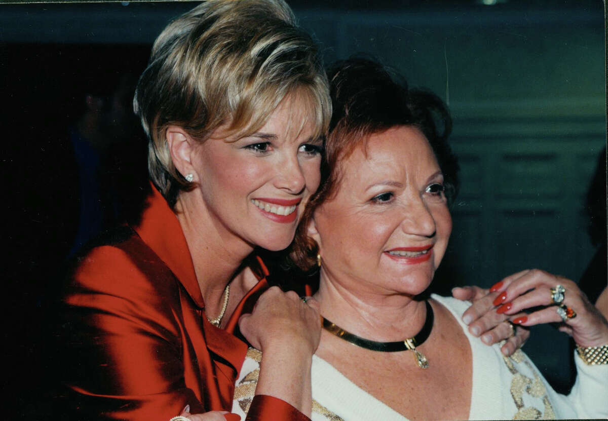 Television journalist and Greenwich resident Joan Lunden and her mother, Gladyce Blunden in an undated photo. Lunden, whose mother has dementia, has been serving as a spokeswoman for A Place for Mom, a network that helps people caring for their aging parents.