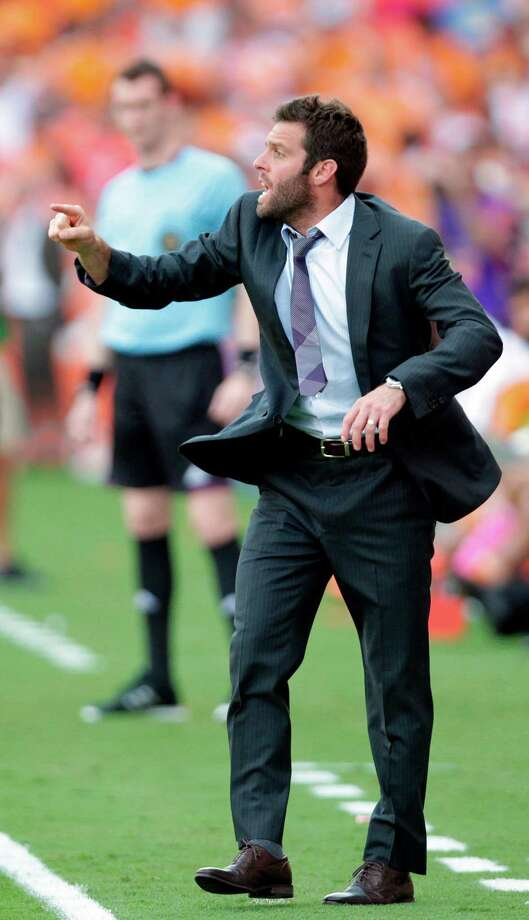 D.C. United coach Ben Olsen thought the heat affected his team in Saturday's 1-0 Dynamo win. Photo: Mayra Beltran / Houston Chronicle