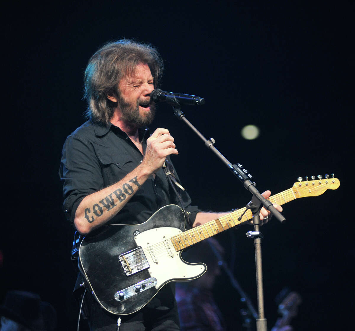 Ronnie Dunn, who played at the San Antonio Stock Show & Rodeo this year, will perform at Whitewater Amphitheater on Friday.