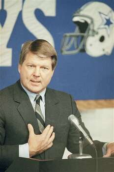 New Dallas Cowboys head football coach Jimmy Johnson gestures as he speaks at a news conference at the NFL team?s training facility in Irving, Texas on Tuesday, March 1, 1989. (AP Photo/RFH) Photo: RFH, STF / AP1989