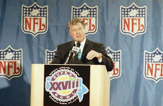 Dallas Cowboys coach Jimmy Johnson answers questions from reporters at a news conference in Atlanta on Friday, Jan. 28, 1994. Johnson?s Cowboys will meet the Buffalo Bills in Super Bowl XXVIII on Sunday. (AP Photo/Ron Heflin) Photo: Ron Heflin, STF / AP1994