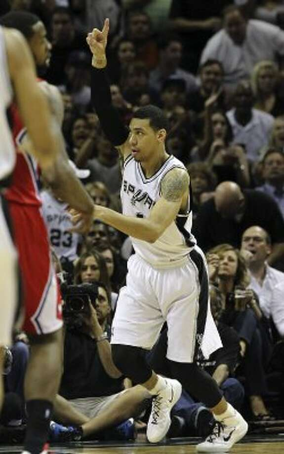 Spurs' Danny Green (04) gestures after a score against the Los Angeles Clippers in the first half in Game 1 of the Western Conference semi-finals at the AT&T Center on Tuesday, May 15, 2012. Kin Man Hui/Express-News. (Kin Man Hui / SAN ANTONIO EXPRESS-NEWS)