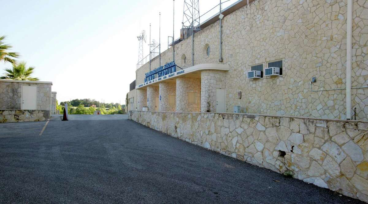 The front facade of Alamo Stadium is seen Wednesday May 16, 2012. A proposed renovation to the historically-designated structure is set to go before the Historic Design Review Commission. (William Luther/wluther@express-news.net)