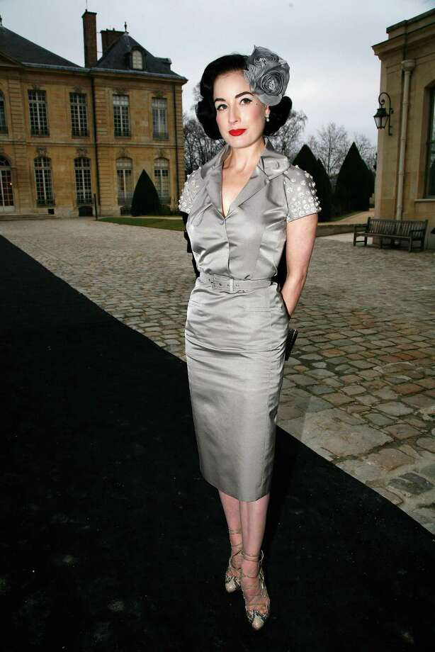 Dita leaves the Christian Dior show on Jan. 26, 2009 in Paris. Photo: Julien M. Hekimian, Getty Images / 2009 Getty Images