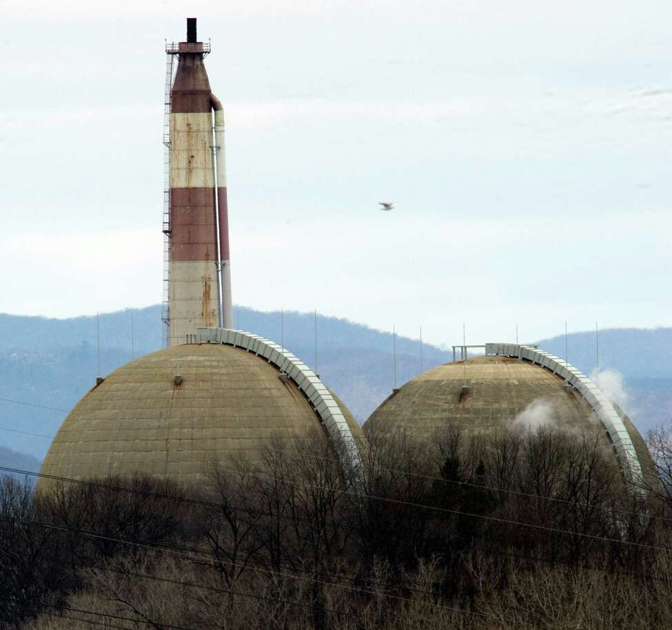 The Indian Point Nuclear Power Plant on the banks of the Hudson River March 22, 2011 in Buchanan, NY. The Indian Point station, comprised of two operating nuclear reactors, sits atop the Ramapo fault line, causing concern for some residents in the wake of the Japan disaster. AFP PHOTO / DON EMMERT (Photo credit should read DON EMMERT/AFP/Getty Images)