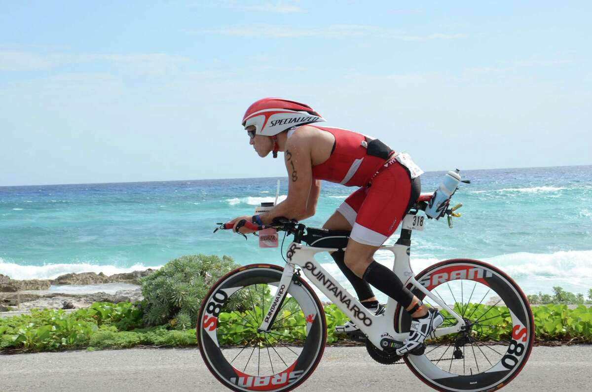 Derek Cooper, a triathlete from The Woodlands, worked on improving his finishing time by using unique training methods while on an offshore drilling rig.