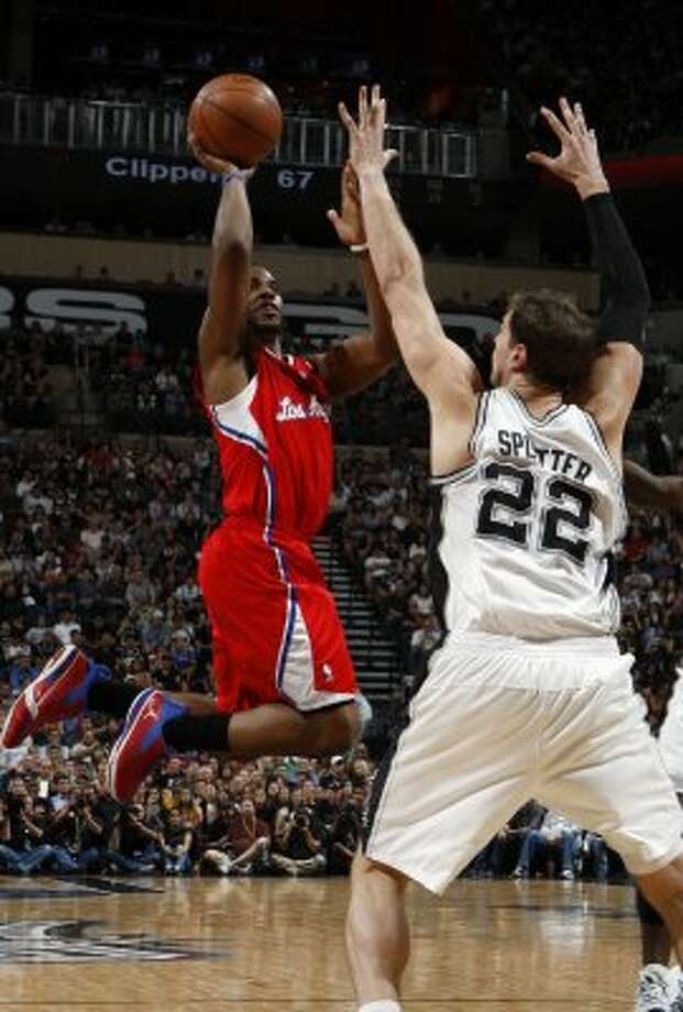 Los Angeles Clippers' Chris Paul (3) shoots over San Antonio Spurs' Tiago Splitter (22) during the second half of game two of the Western Conference semifinals at AT&T Center, Thursday, May 17, 2012.  Jerry Lara/San Antonio Express-News (San Antonio Express-News)