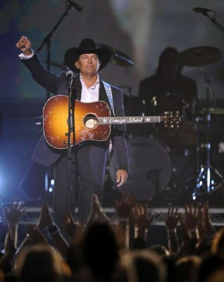 George Strait performs at the 44th Annual Academy of Country Music Awards in Las Vegas on Sunday, April 5, 2009.