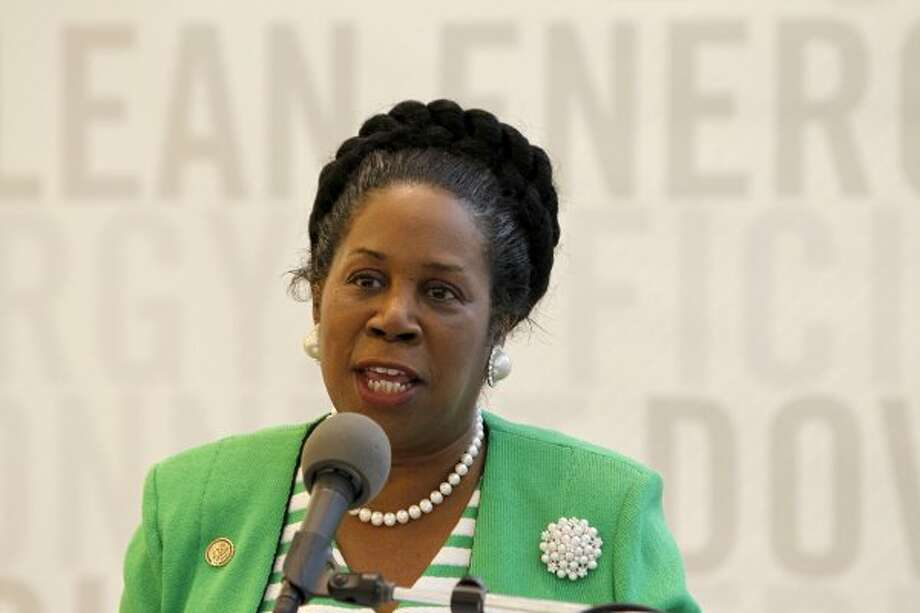 Sheila Jackson Lee speaks in the lobby of BG Group Place, Monday, Oct. 10, 2011, in Houston, where The Houston Downtown Management District, together with BG Group and Houston First Corporation, announced the details of the new GREENLINK bus service. (Karen Warren / Houston Chronicle)