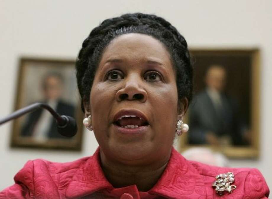 "Rep. Sheila Jackson Lee testifies during a hearing before the House Foreign Affairs Committee March 20, 2007 on Capitol Hill in Washington, DC. The hearing was focused on ""Proposed Legislation on Iraq."" (Alex Wong/Getty Images / Getty Images)"
