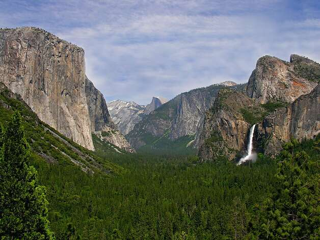 Yosemite Valley, Tunnel View Photo: Kenny Karst