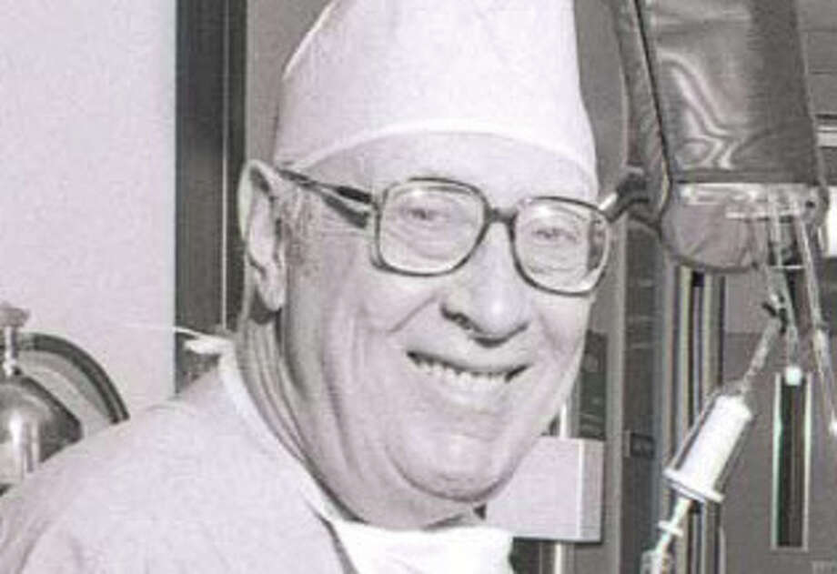 Lou Feldman began working at Baylor in 1959 and remained there until he retired in 1992. (Baylor College of Medicine)
