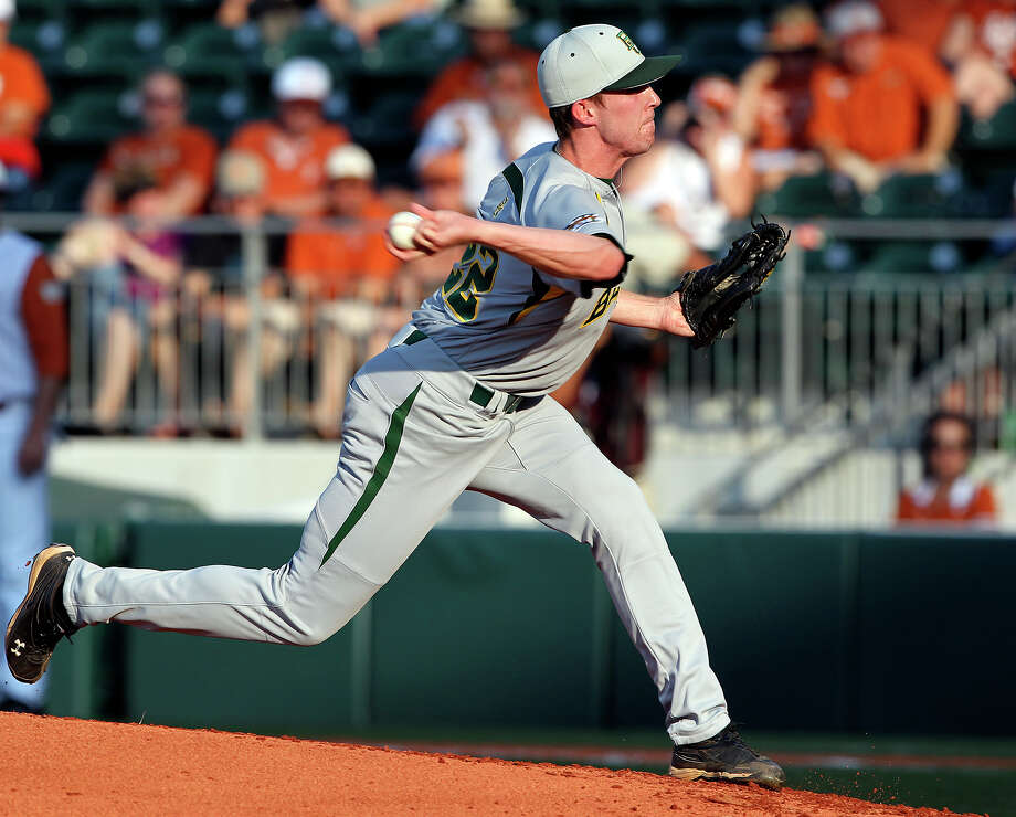 SPORTS   Trent Blank delivers his sidearm throw as Texas plays Baylor at Disch-Falk Field in Austin  on May 18, 2012.  Tom Reel/ San Antonio Express-News Photo: TOM REEL, San Antonio Express-News / San Antonio Express-News