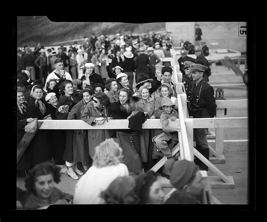 Grand opening of the Golden Gate Bridge on May 27, 1937. Photo: San Francisco Chronicle