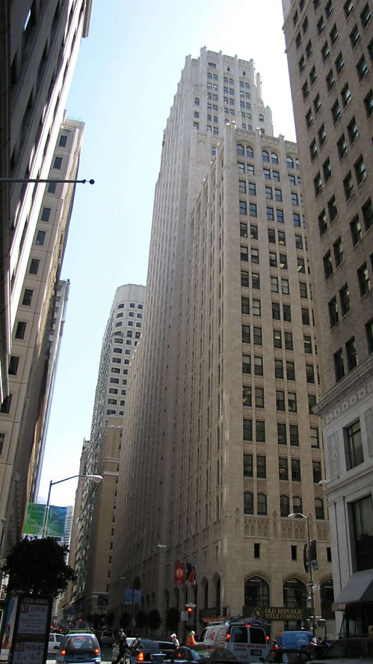 The Russ Building, designed by George Kelham, was San Francisco's tallest tower at 435 feet when it opened in 1927. More than two dozen rivals have passed it since then, but it remains one of the best skyscrapers in the city.