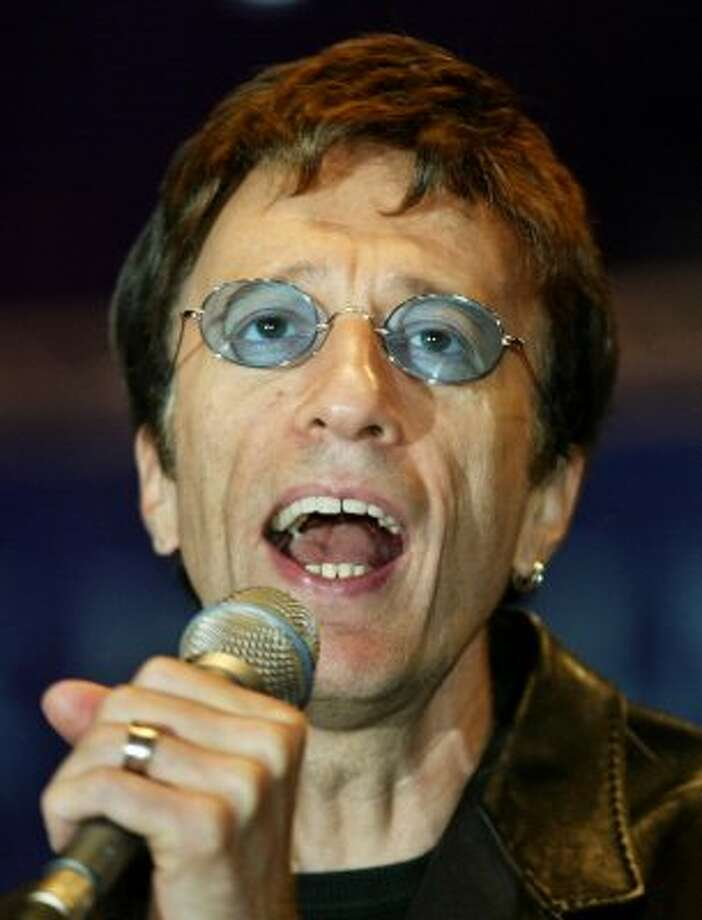 Robin Gibbs from the disco group the Bee Gees died of cancer at 62.