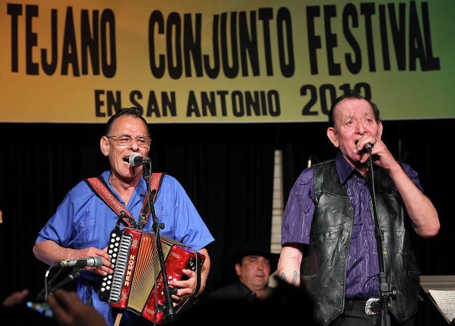 South Texas musical originals.  High on any such list has to be the Jimenez brothers, Flaco (right) and Santiago Jr. Photo: Express-News File Photo / © SAN ANTONIO EXPRESS-NEWS (NFS)