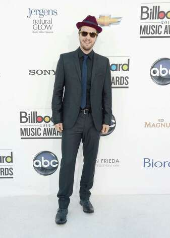 LAS VEGAS, NV - MAY 20:  Singer Gavin Degraw arrives at the 2012 Billboard Music Awards held at the MGM Grand Garden Arena on May 20, 2012 in Las Vegas, Nevada. Photo: Frazer Harrison, Getty Images For ABC / 2012 Getty Images
