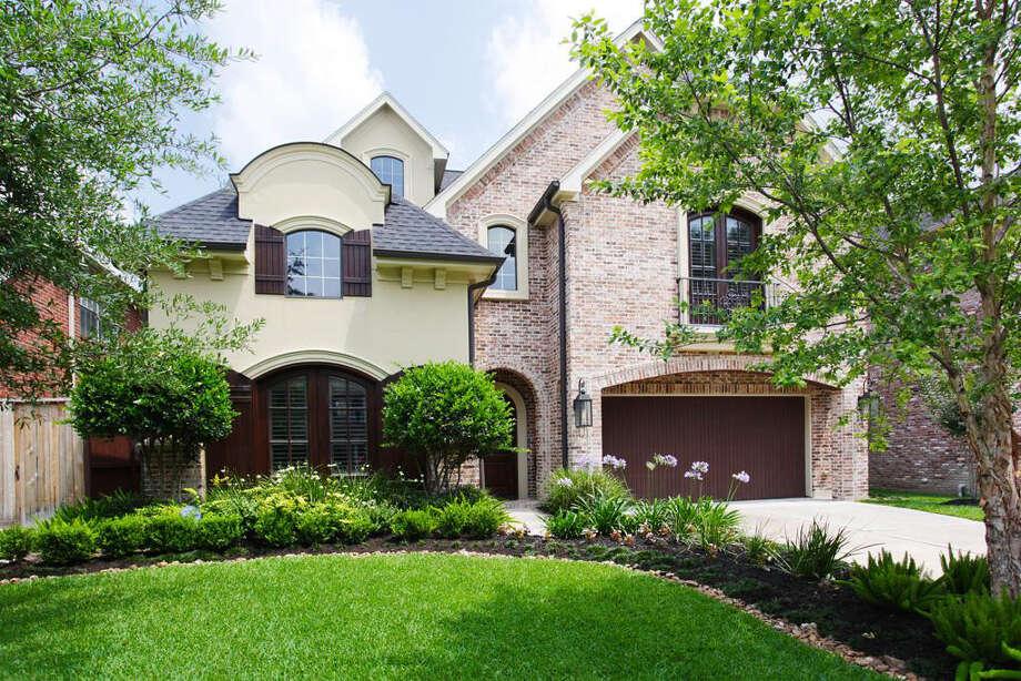 2510 McClendon  | Agent: Heidi Dugan | Greenwood King Properties | 713-524-0888 | Photo: GWK