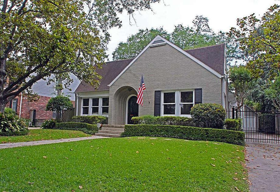 1321 Vassar  | Agent: Karin Tennant | Greenwood King Properties | 713-524-0888 | Photo: GWK