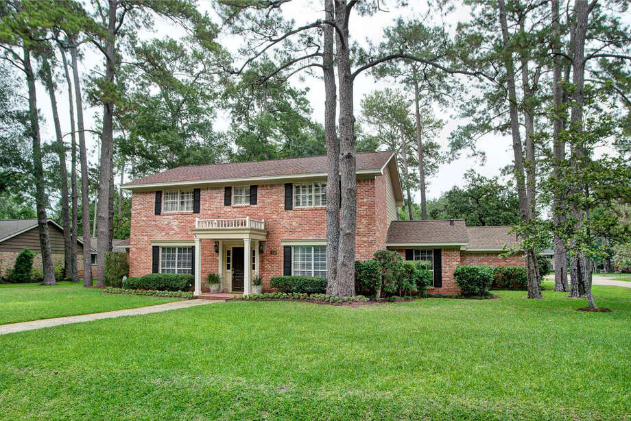 930 Magdalene Dr  | Agent: Sharon Brier | Greenwood King Properties | 713-784-0888 | Photo: GWK