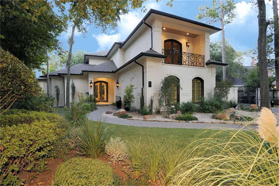 907 Huntington Cove  | Agent: Sharon Ballas | Greenwood King Properties | 713-784-0888 | Photo: GWK