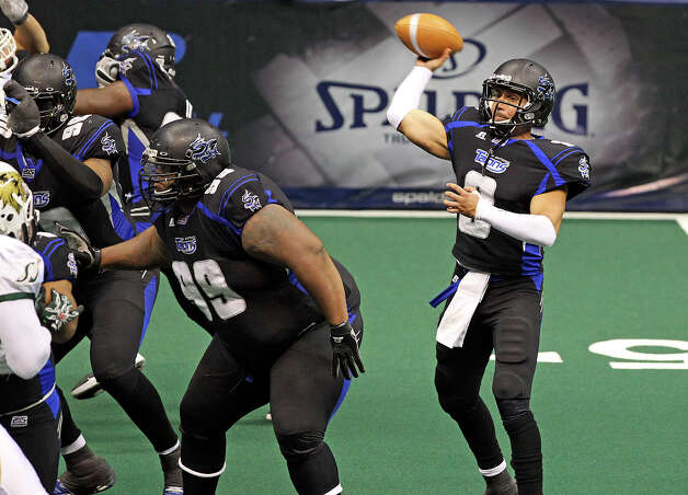 Talons quarterback Aaron Garcia throws another touchdown, this time in the fourth quarter, as the San antonio Talons play the San Jose Sabercats  on May 19, 2012.  Tom Reel/ San Antonio Express-News Photo: TOM REEL, Express-News / San Antonio Express-News