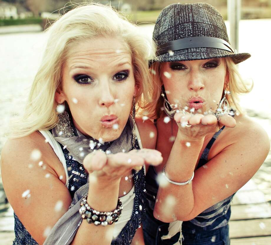 Country pop duo the Rankin Twins, from Portland, Texas. April and Amy Rankin are identical-twin sisters. Photo: Courtesy Photo