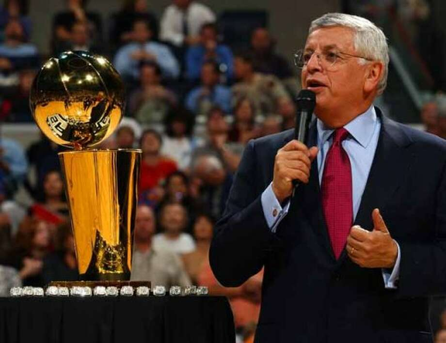 SPORTS   ---   NBA Commissioner David Stern speaks Tuesday Night Oct. 28, 2003 in the SBC Center during the Spurs ring ceremony and before their first regular season home game against the Phoenix Suns.        (WILLIAM LUTHER/STAFF) (SAN ANTONIO EXPRESS-NEWS)