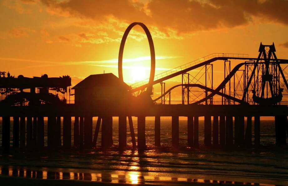 When Galveston Island's new Pleasure Pier is completed, it will offer amusement-park rides, shopping and restaurants.