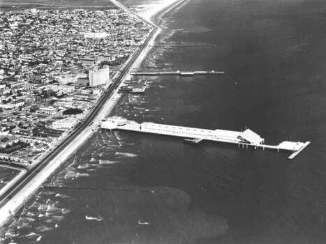 Aerial view of Galveston landmark, the Pleasure Pier in April of 1953.  (Houston Chronicle Files)