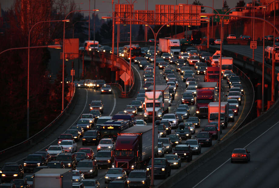 Southbound traffic is shown on Interstate 5 in Seattle on December 13, 2011. Photo: JOSHUA TRUJILLO / SEATTLEPI.COM