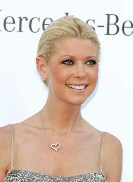 Tara Reid is really sweet to her follo