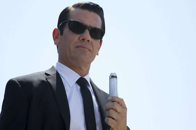 Josh Brolin stars in Columbia Pictures' MEN IN BLACK 3. Photo: Wilson Webb, Sony Pictures