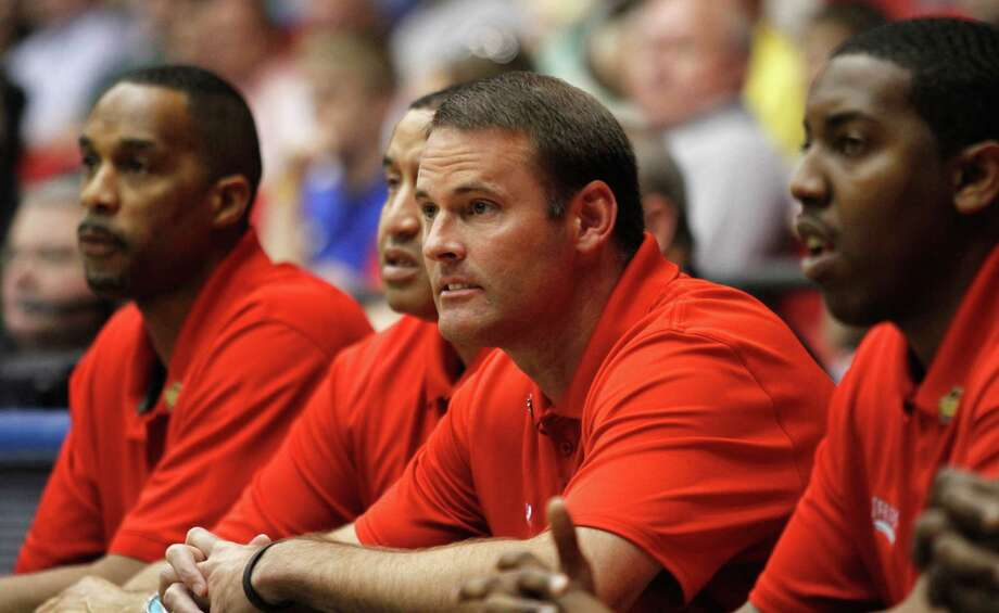 Lamar head coach Pat Knight works on the sidelines during an NCAA First Four college basketball tournament game against Vermont, Wednesday, March 14, 2012, in Dayton, Ohio. (AP Photo/Skip Peterson) Photo: (AP Photo/Skip Peterson), FRE / FR23879 AP